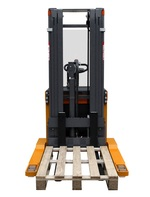 OMG 716 - 720 BLK AC Q = From 1600 kg straddle leggs stacker