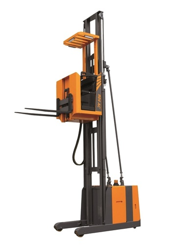 Order picker OMG 904 AC From 1.000 kg lifting height to 9.500 mm