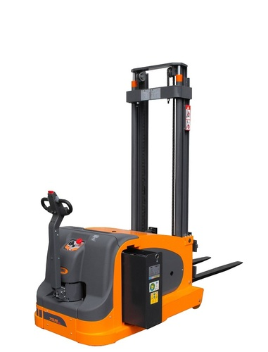 OMG 715 FS-P AC From 1500 kg Counterbalanced stacker