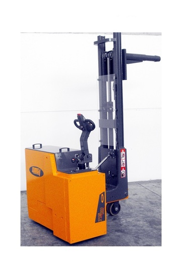 Custom Reach trucks