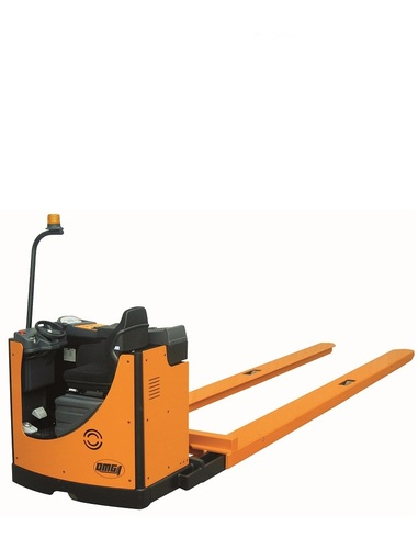 Custom and slave pallet trucks for airports