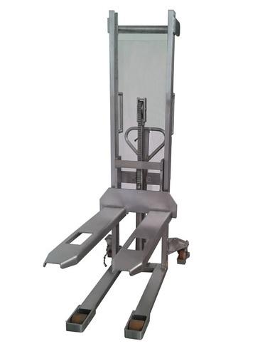 10-M Manuele RVS stapelaar hefvermogen 1000 Kg