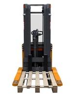 OMG 716 BLK  -  720 BLK AC. Q = vanaf 1600 kg Breedspoor stapelaar