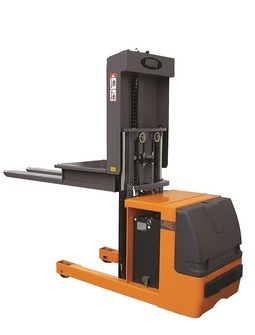 Order picker OMG 601 From 1.000 kg lifting height to 1.290 mm