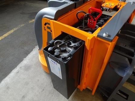 375P5-CP Maatwerk pallettruck zwaar-last compacte versie