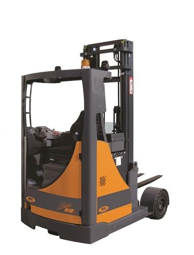 Neos II AC SE Q = à partir de 1600 kg,  Rétractable sur pneus pleins (SE)