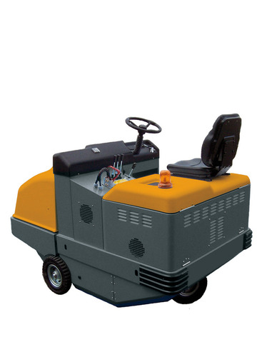 . Ride-on sweeper . OMG Aquos 32