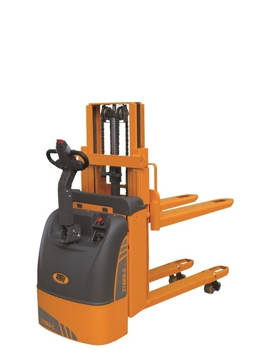 OMG 316 KN-C AC Electric pallet truck with mast Q=From 1.600 kg